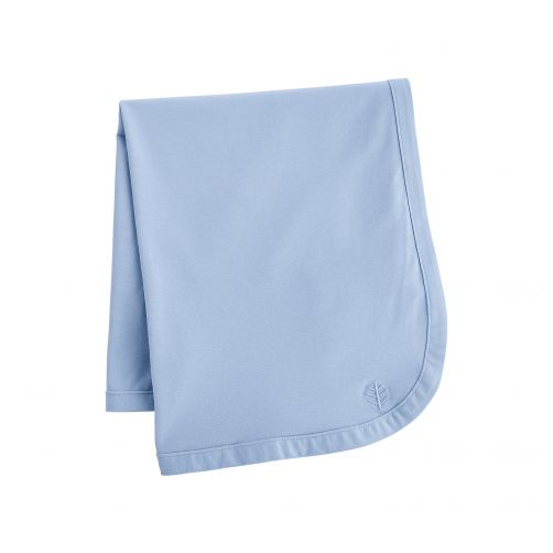 Coolibar---UV-blanket-for-babies---blue-